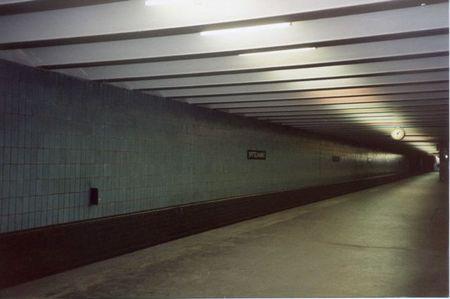E Berlin Station001