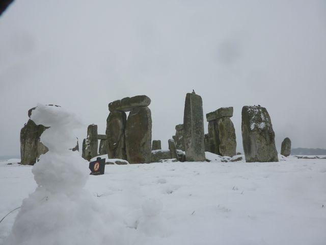 Stonehengesnow