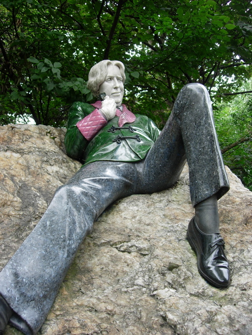 Oscar Wilde in Merrion Square