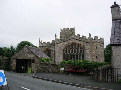 St Bueno's church