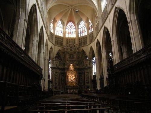 Inside St Etienne